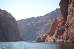 Photo of Las Vegas Las Vegas Combo Tour: Grand Canyon Helicopter Flight and Colorado River Float Day Trip Gorgeous scenery
