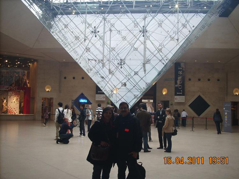 The inverted pyramid - Paris