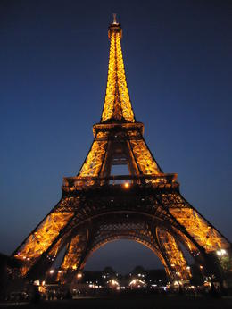 Photo of Paris Paris L'Open Hop-On-Hop-Off Tour Effile Tower in the Evening