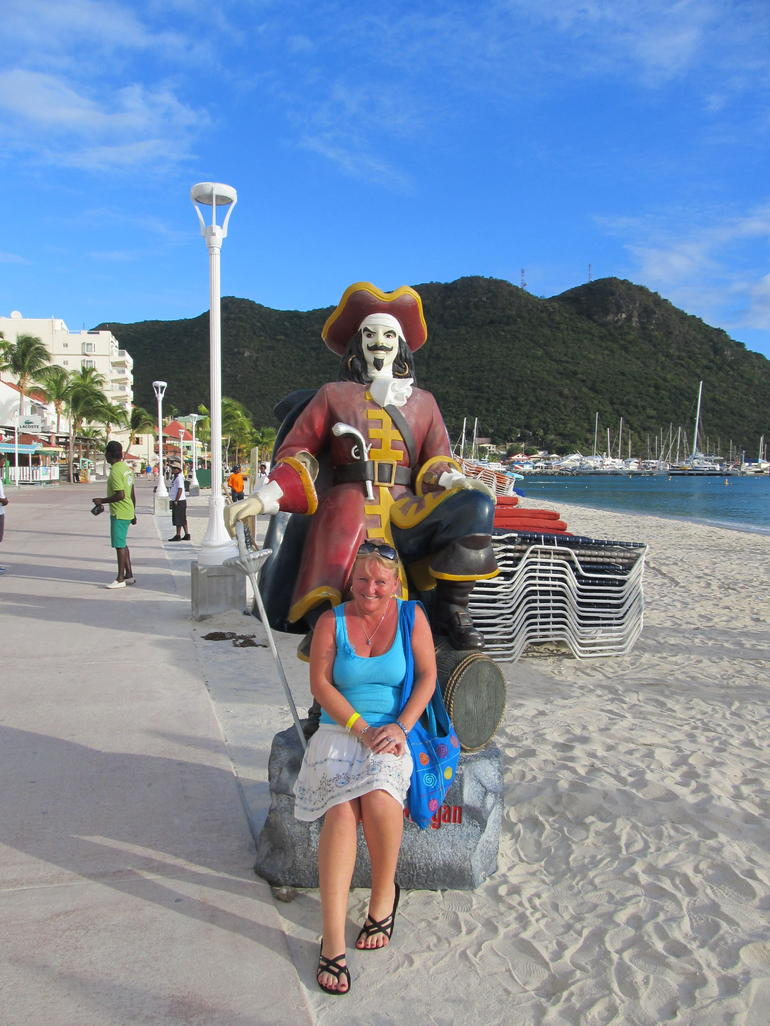 Pose with a Pirate - St Maarten