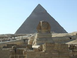 Photo of Cairo Private Tour: Giza Pyramids, Sphinx, Memphis, Sakkara Standing guard