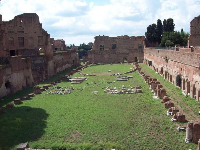 Small-Group Ancient Rome and Colosseum Tour - Rome