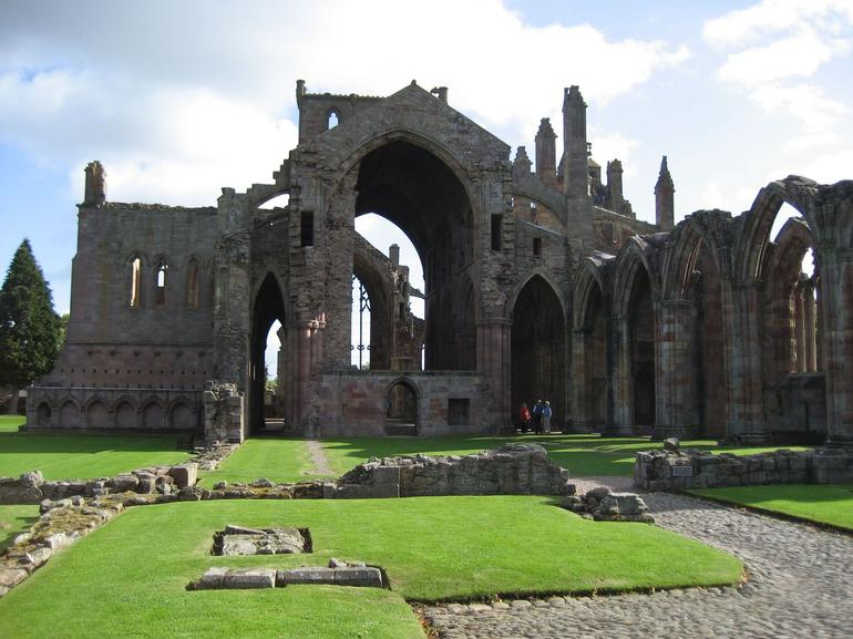 Melrose Abbey Sept 09 - Edinburgh