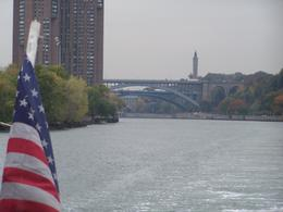 Photo of New York City Circle Line: Complete Manhattan Island Cruise The veiw from the stern of the boat