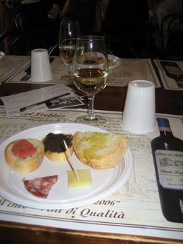 We started off with this white wine (which was actually delicious and I don't like white wine) and had appetizers..., Susie R - November 2009