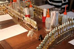 Photo of Paris Perfume Workshop in Paris IMG_1825bg