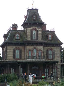 Photo of Paris Disneyland Resort Paris with Transport Haunted Mansion