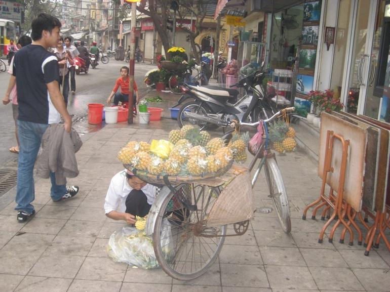 Old Hanoi - buy from a bicycle - Hanoi