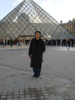 Paris, France., Antonio M - December 2007