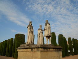 Statues of Queen Ysabel, King Ferdinand and Christopher Columbus in Alcazar Gardens , clio_selene - April 2012