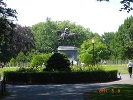 George Washington statue - June 2011