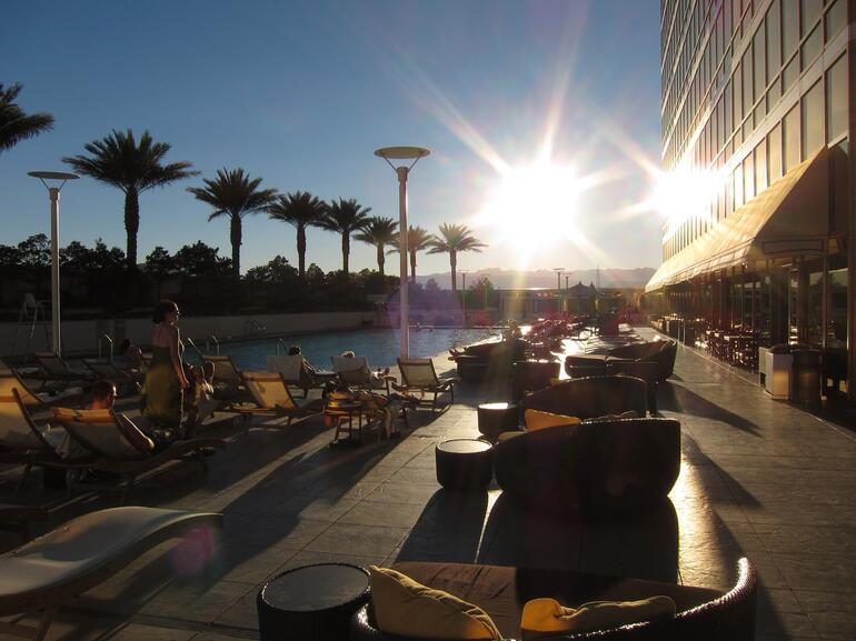 2 suns in Vegas -