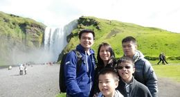 Amazing day at the Skogafoss , Seng-Lai T - October 2015