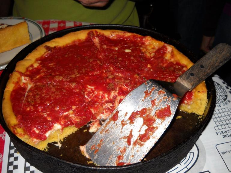 Yummy! Chicago style pizza - Chicago