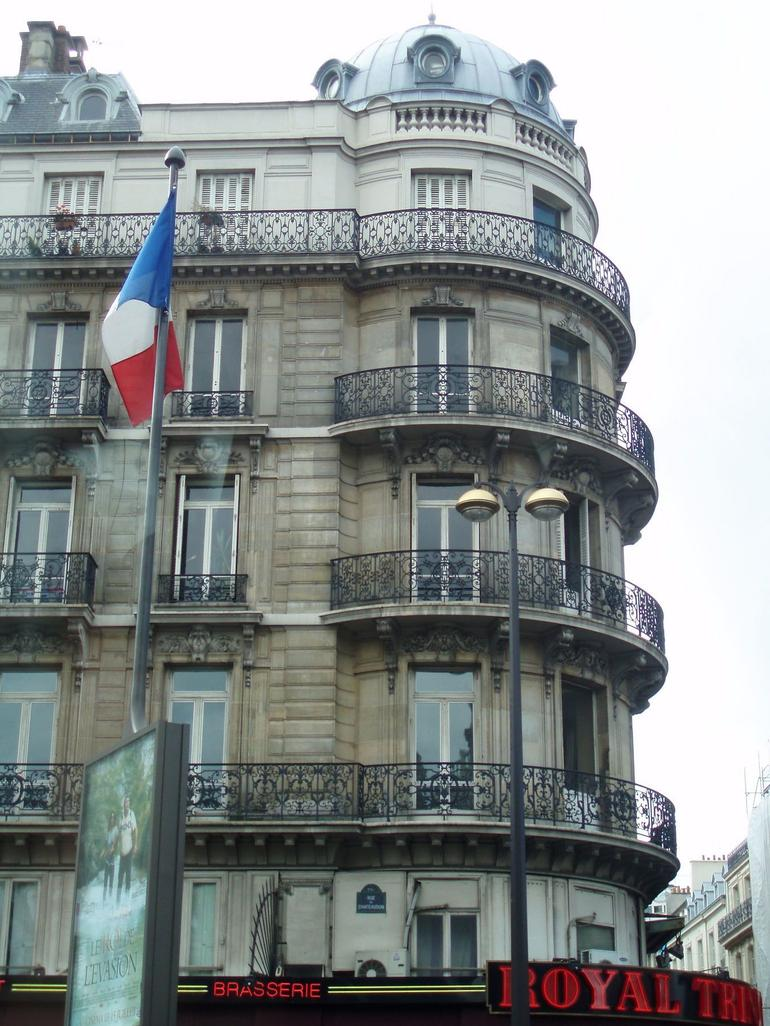 Haussmann architecture - Paris