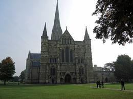Photo of London Small-Group Day Trip to Salisbury, Stonehenge and Avebury from London Salisbury Cathedral