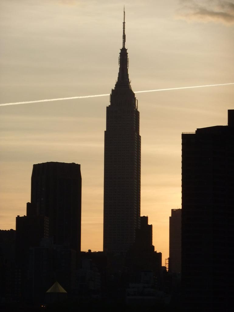 Sunset behind ESB May 2011 - New York City