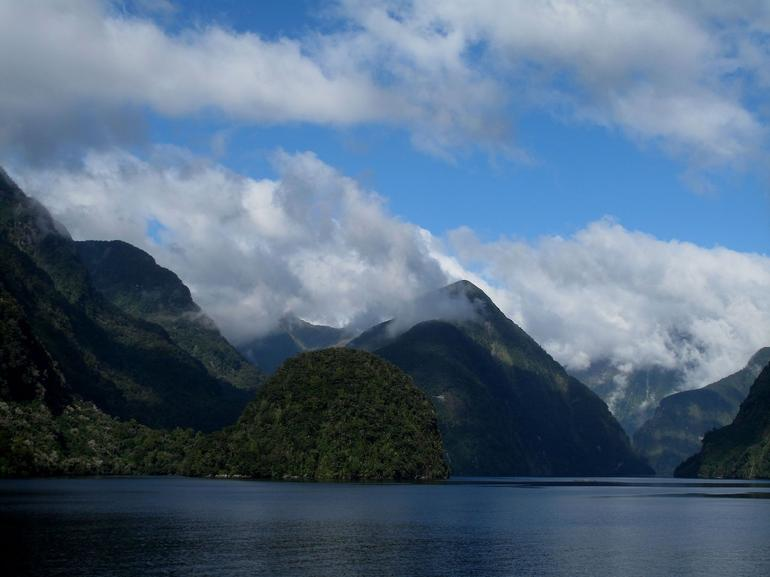 Nice scenery of Doubtful Sound - Fiordland & Milford Sound