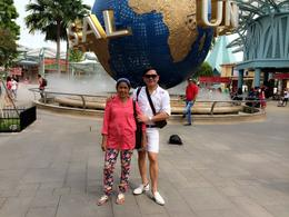 with mom in Universal Studio , Milfred - November 2014