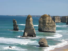 A view of the Twelve Apostles , Biplov G - December 2014