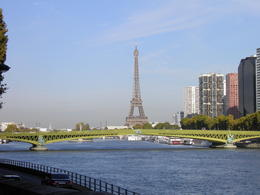 Photo of Paris Paris Shuttle Arrival Transfer: Charles de Gaulle Airport (CDG) View of the Eiffel Tower