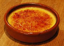 The crème brûlée was silky and creamy without being heavy. - May 2009