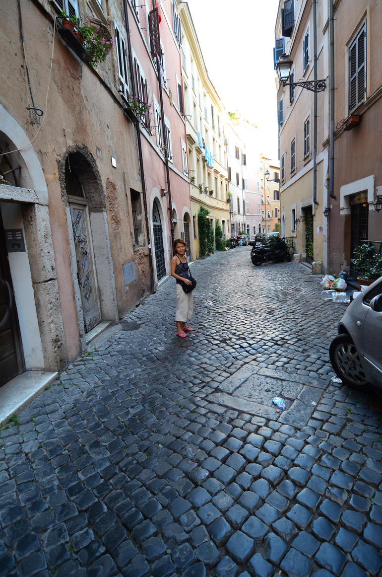Trastevere and Rome's Jewish Ghetto Walking Tour - Rome