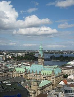 Photo of   View of Hamburg's Rathaus