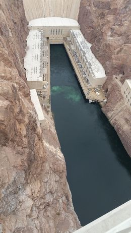 Hoover Dam from above, vra2003 - October 2015