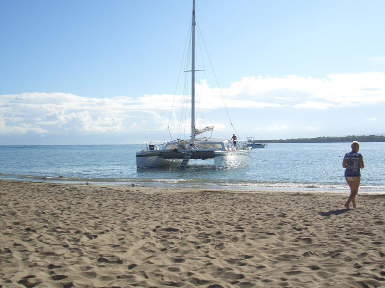 Bay of Sosua Catamaran Cruise in Puerto Plata - Puerto Plata