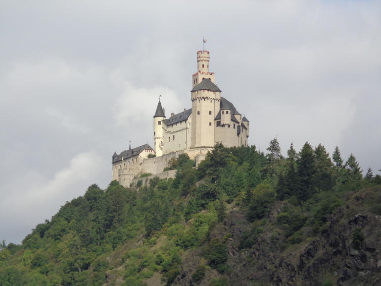 So many Castles and Vineyards - Rhine River