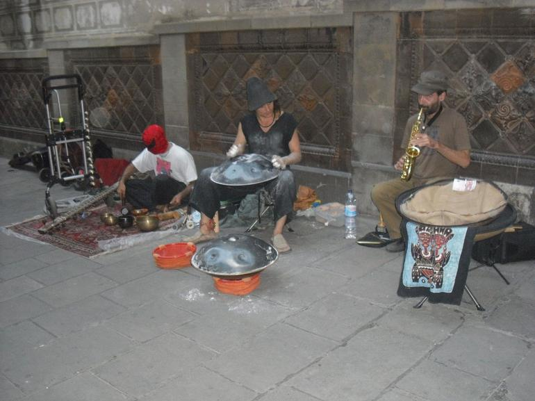 Street performers - Barcelona
