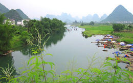 Photo of Guilin Li River Cruise Full Day Tour of Guilin and Yangshuo Yangshuo countryside