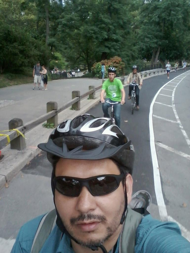 Group  and quot;selfie and quot; while biking