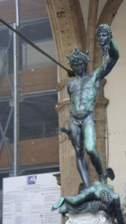 This statue captures the true definition of victory!!!, Sadaf R - June 2008
