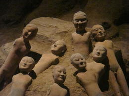 Photo of Xian Private Tour: Tomb of Emperor Jingdi with Xi'an Airport Transfer Broke figures