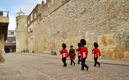 Photo of London Viator VIP: Exclusive-Access Tour to The Tower of London, St Paul's Cathedral and The View from The Shard Viator VIP: Exclusive-Access Tour to The Tower of London, St Paul's Cathedral ...