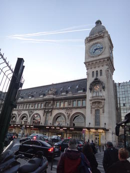 off the bus from Place des Pyramides to Gare de Lyon , Mark J R - September 2013