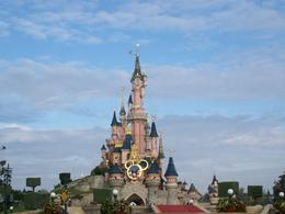 Photo of Paris Disneyland Resort Paris with Transport Sleeping Beauty Castle, Disneyland Paris