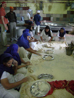 Making the Chipatis at the Sikh temple , Balti-most - May 2011