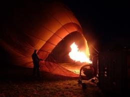 Photo of Melbourne Melbourne Balloon Flight at Sunrise Inflating the balloon #2