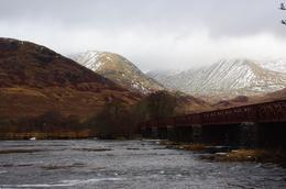 Photo taken on the banks of Loch Awe on the way to Kilchurn Castle., Bartosz L - January 2010