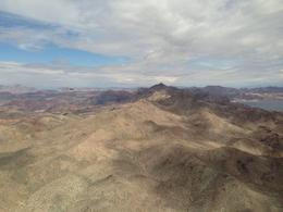 Flying alongside Lake Mead, Pauli - April 2014