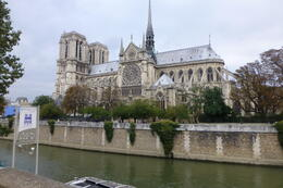 Photo of Paris Paris Hop-On Hop-Off Combo: Sightseeing Bus and Seine River Cruise Notre Dame from the boat