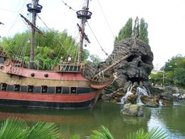 Photo of Paris Disneyland Resort Paris with Transport Adventure Land