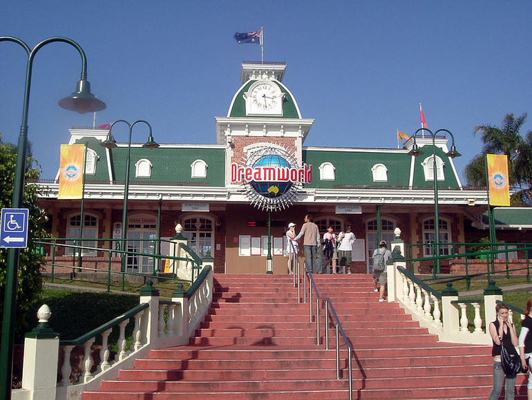 Dreamworld entrance - Brisbane