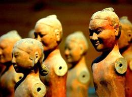 Photo of Xian Private Tour: Tomb of Emperor Jingdi with Xi'an Airport Transfer Human figures