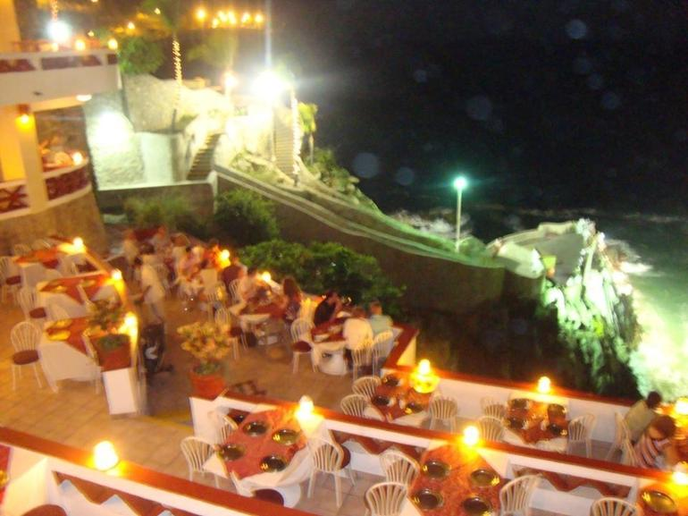 Other view of the restaurant - Acapulco