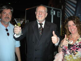 Photo of Las Vegas Madame Tussauds Las Vegas Ed and Alesia with Vegas' former Mayor