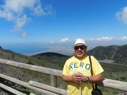 This is me walking to the top of The Vesuvius. Is a 20 to 30 minuts walk but the view is amazing. , Texo G - May 2012